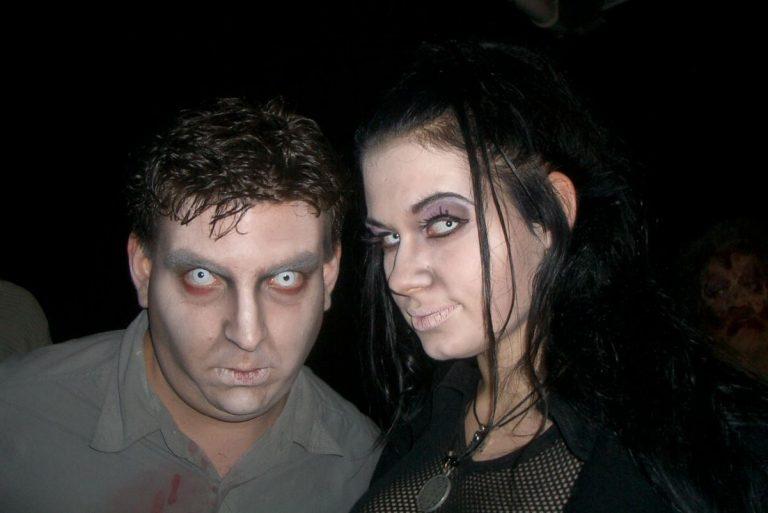 Obskura a.s.b.l. mam Zombie Film DVD op Eldoradio